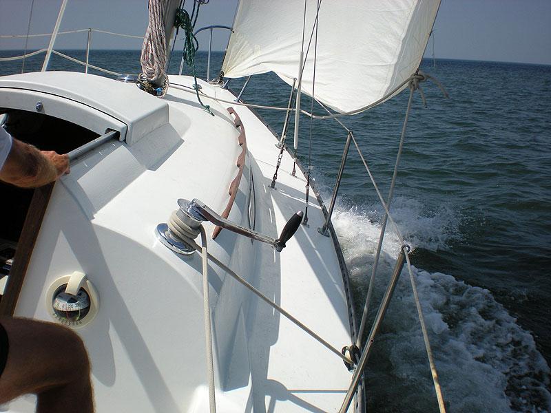 C&C 27 sailing 7/24/10.